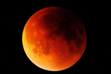 Blood Moon-9-1